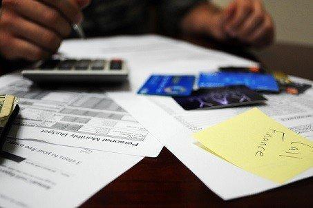 Vakuudellista lainaa haetaan tyypillisesti suurempia hankintoja varten, kuten autoon tai asuntoon.