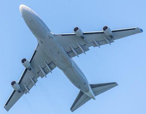 Lentopisteohjelmalla kerrytät aina yhden pinnan jokaista euroa kohden. Kaikki ostokset lasketaan!